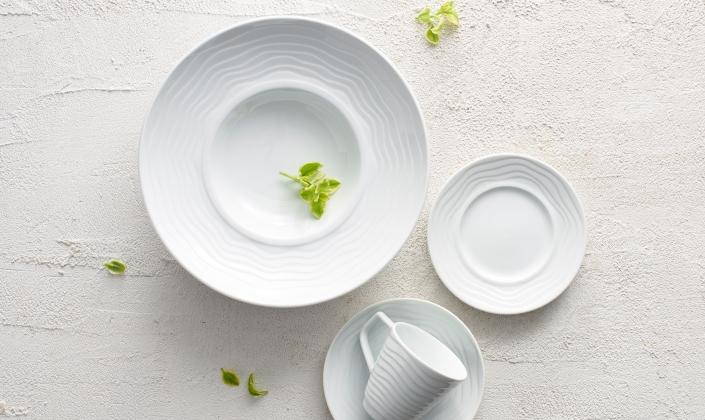 & Victoria Porcelain Dinnerware