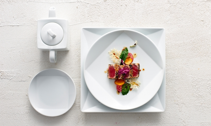 ... Queensberry Hunt created this contemporary dinnerware shape for exceptional food presentation. The unique flat shapes accentuate a square well ... & Vortex Porcelain Dinenrware
