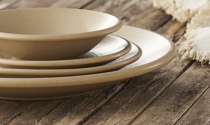 ... the Anfora collection. Envision a dried river bed just before a summer rain; that is what is represented in the subtle concentric circle embossments ... & Chena - Anfora - China - Dinnerware