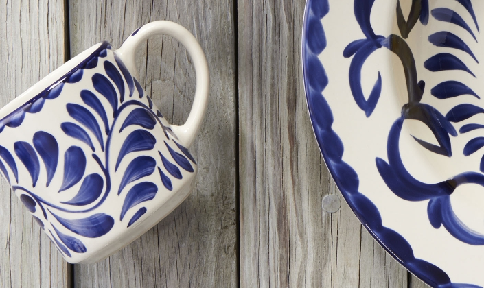Puebla brings old world charm to both traditional and modern Mexican cuisine. Hand painted by authentic skilled Mexican artisans Puebla is undeniably ... & Puebla - Anfora - China - Dinnerware